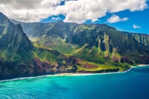 Hawaiian Island Blue Sea